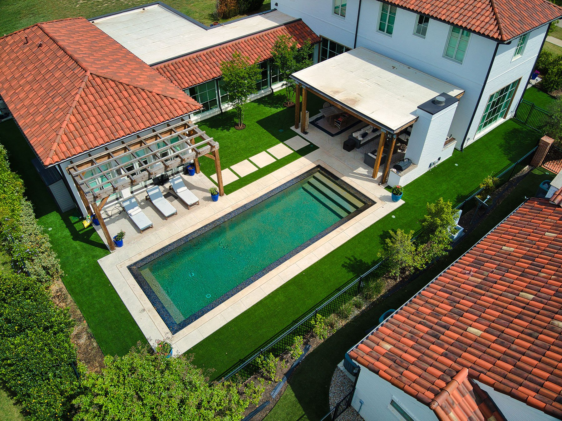 Pool Surround Synthetic Turf